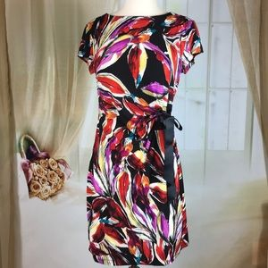 Shelby & Palmer Abstract Short Sleeved Dress